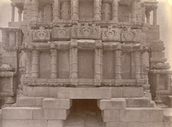 Close view of small pillars around temple façade, Bharauli, Jhansi District